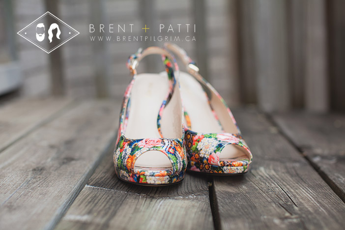 funky_flower_shoes_bride