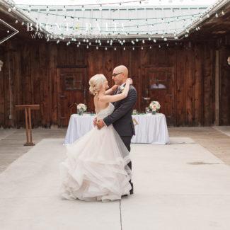 carriage_house_wedding_milton